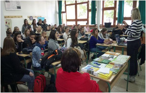 U JUMS Hemijska škola Tuzla održana radionica:  ˝Važnosti dijaloga i tolerancije i metodologija izrade projektnih prijedloga˝