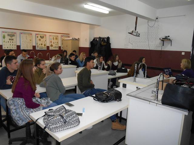 Učenici iz Tuzle, Brčkog i Odžaka uče kako pripremiti i implementirati projekte
