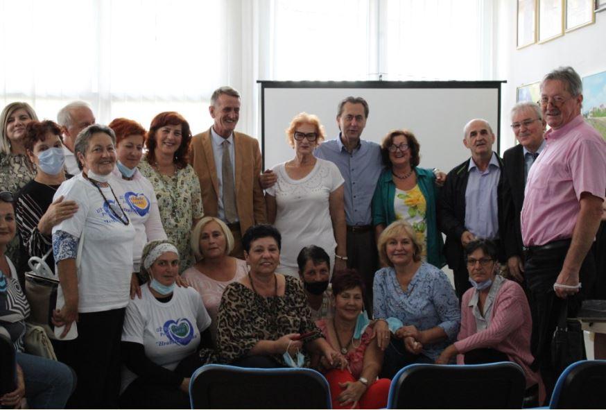 U Lukavcu održana panel diskusija o lokalnim proizvodima i ekofeminizmu